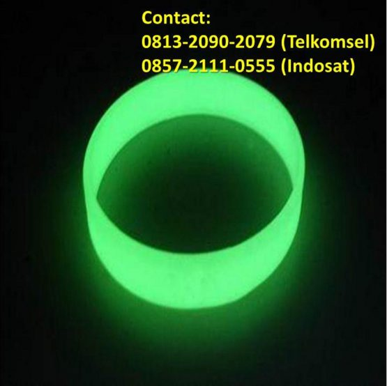 gelang karet glow in the dark